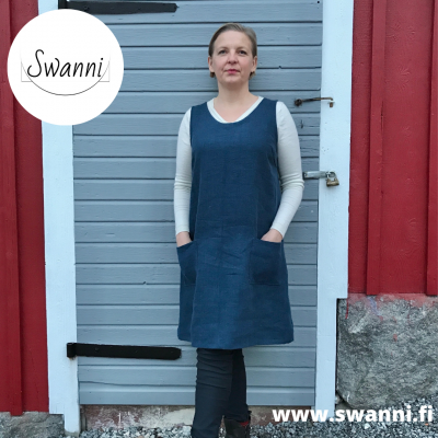 Kliivia_liivimekko_pellavamekko_Swanni_naisten vaatteet_swanni_kässämessut-21d5e19d