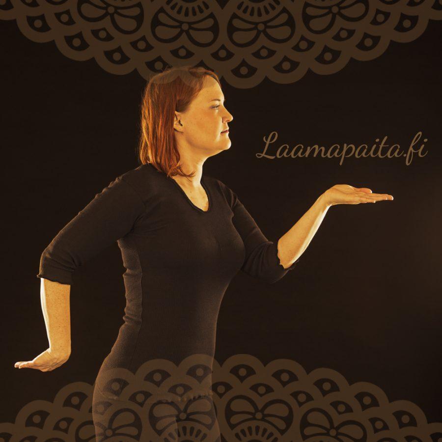 Laamapaita-mustapaita_somekuva-v2 (1)-6fb3b54e