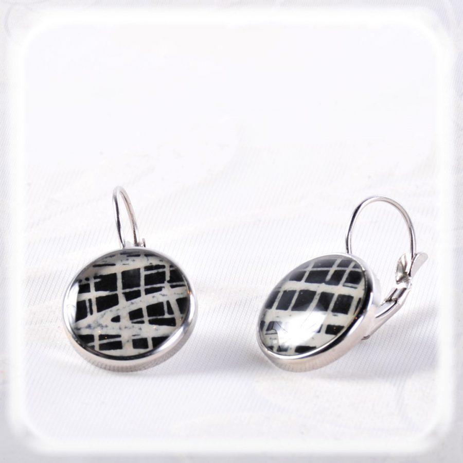 Seri_leverback_earrings_by_Maheka.fi-229a73c4