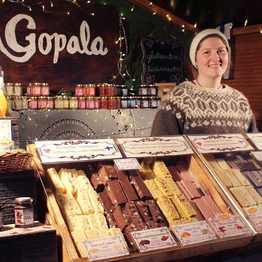 gopala_markkinoilla-d5d9d856