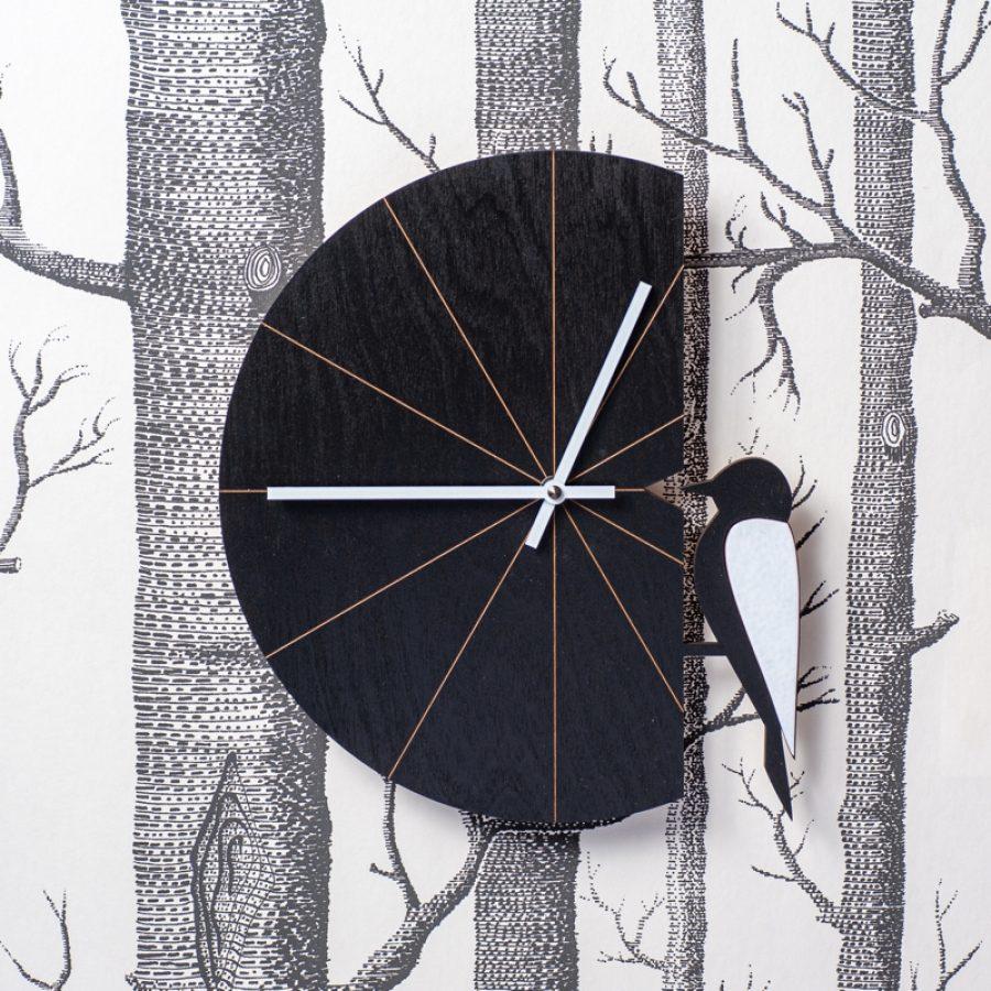 tikka seinakello musta vaneria 2 kotimainen designkello - Pauliina Rundgren HandiCrafts-60838f16