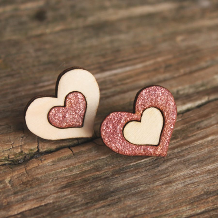 vaaleanpunaiset sydän korvikset 500-e77c9ea0